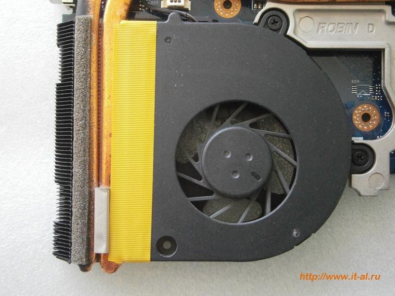 Уплотнение мест примыкания вентилятора и радиатора